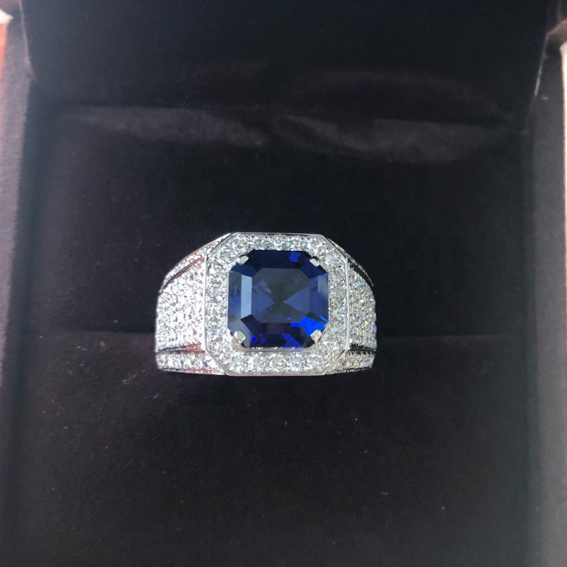 Hy Blauw Hydrothermale Sapphire Gem Asscher Cut Belangrijkste Steen Met Diamant Surround Man Ring In 10 K Gold