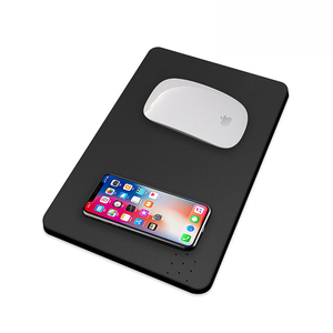 Qi certified high quality mouse pad with wireless charger