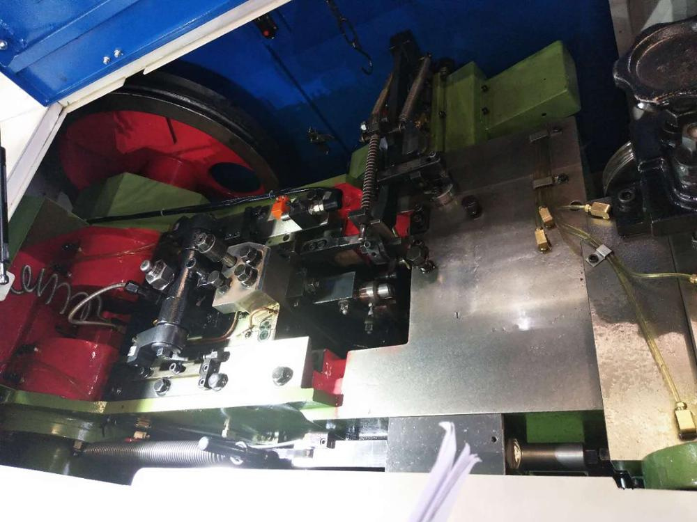high-speed automatic tapping screw making one die two blow cold heading machine