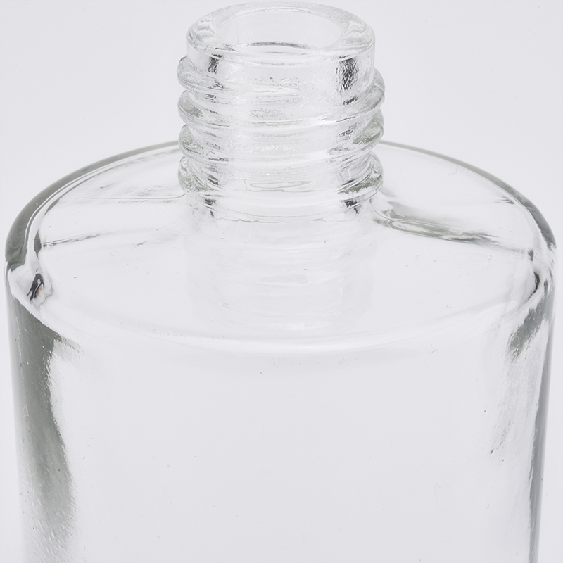 Clear glass essential oil bottle for personal care