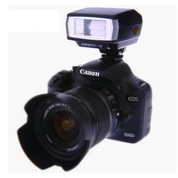Factory Supply Camera Speedlite Yinyan BY-18 with Standard Hot Shoe