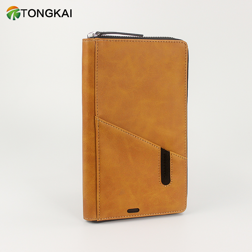 Zippered Travel Leather Wallet with Power Bank