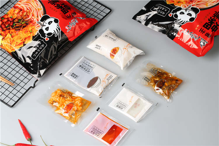 Most Popular Top Sale Chinese Food Instant Delicious Pungent Spicy Spirrali Piain