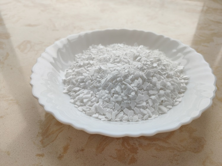 Dihydrate 77% 74% cacl2/calcium chloride flakes