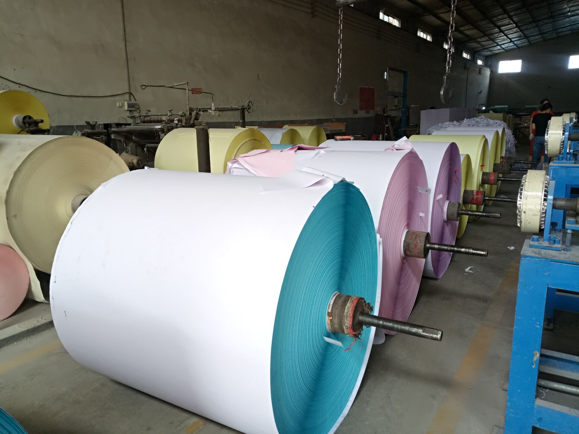 Chinese Supplier hot selling continuous computer form paper