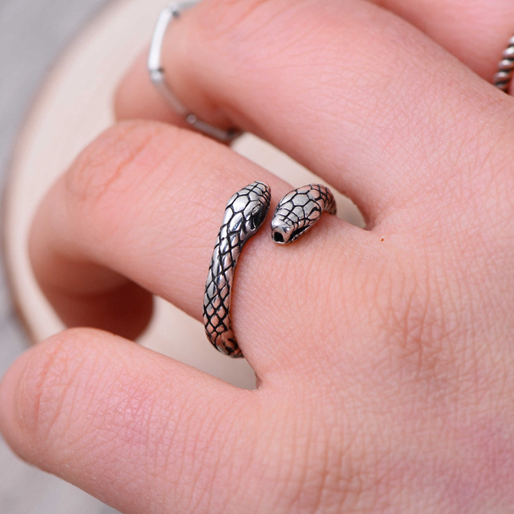 product-BEYALY-Engraved antique thai silver jewellery snake shaped rings-img