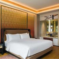 Luxury 5 Star Hotel Bedroom Furniture and Public Areas Mill Works