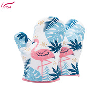 2019 new printed flamingos all clad heat resist silicon quilt oven mitt for kitchen