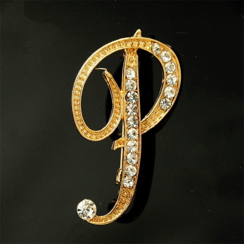 MYM004 Trade Assurance New Design Fashion 26 English Letters Crystal Brooch Pin Rhinestone Capital Letters Brooches