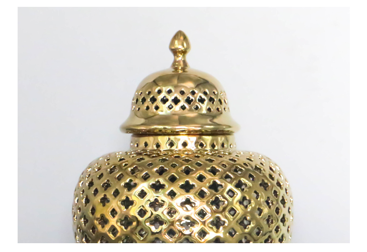 Jinddezhen gold plating hollow out keramische tempel jar antieke chinese decoratieve porselein gember pot