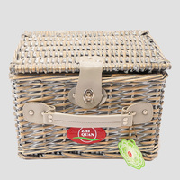 Wholesale Cheap Picnic basket cooler bag Included Mini Wicker Picnic Basket