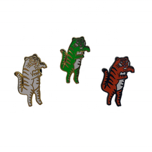 แฟชั่น Tiger shape Hard enamel badge pin