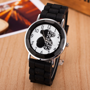 Fashion Classic Silicone Women Watch Simple Bear Style Quartz Wristwatch Silicone Rubber Casual Dress Girl Relogio masculino