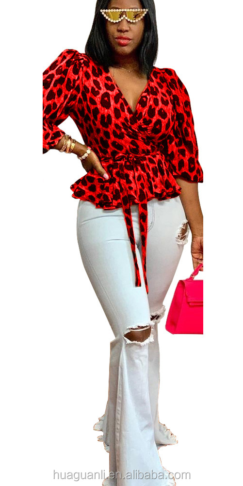UNT7090  Stylish low-cut leopard-print long-sleeved blouse