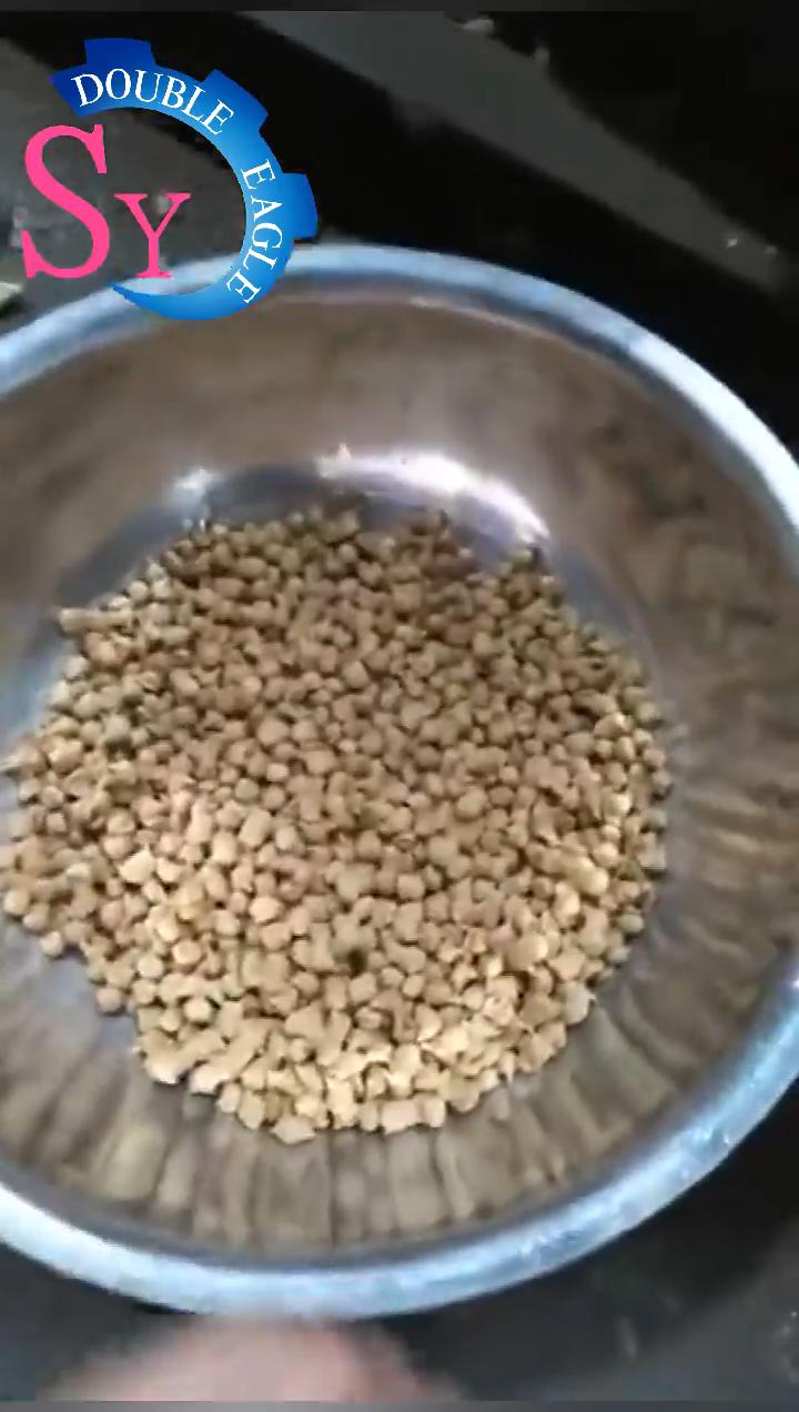 Household pequeno puffing máquina do alimento de cão animal Aquático camarão que faz a máquina extrusora de ração flutuante peixe pellet máquina do moinho