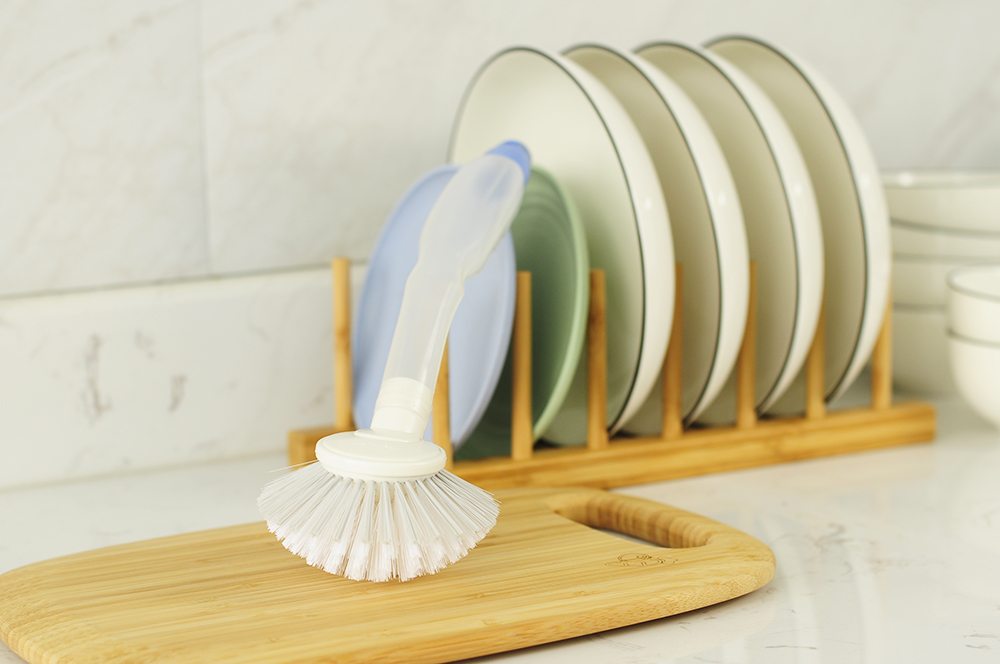 Hot Selling Soap Dispensing Handle brush
