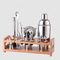 Factory Direct 2019 New Products 700ml stainless steel cocktail shaker wine bar accessory set