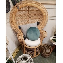 Einzigartige exquisite wicker woven möbel outdoor pfau <span class=keywords><strong>stuhl</strong></span>