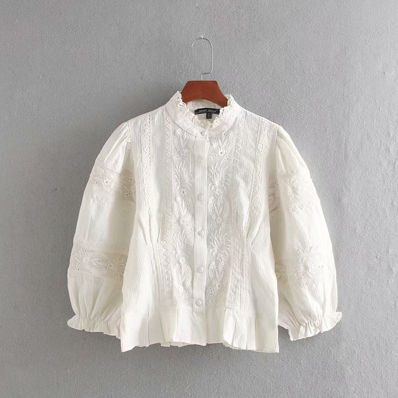Korean style three quarter sleeve embroidered white color <strong>lady</strong> linen <strong>cotton</strong> <strong>blouse</strong>