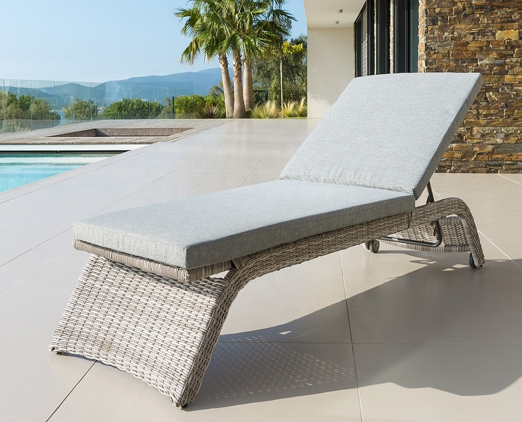 Poly Rattan Outdoor Wicker Chaise