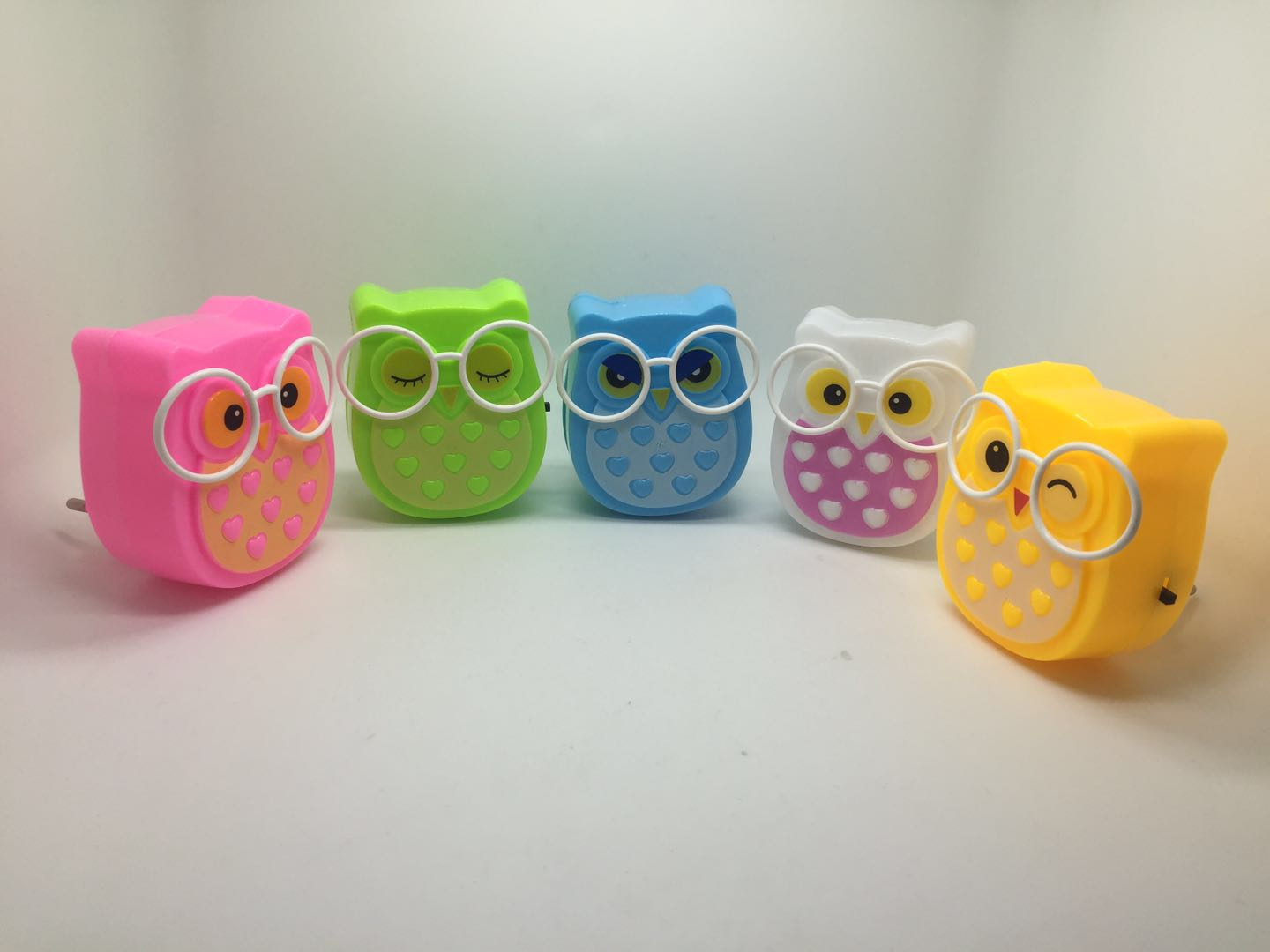 OEM W090 4SMD mini switch plug in room usage Owl shape night light For Baby Bedroom cute gift