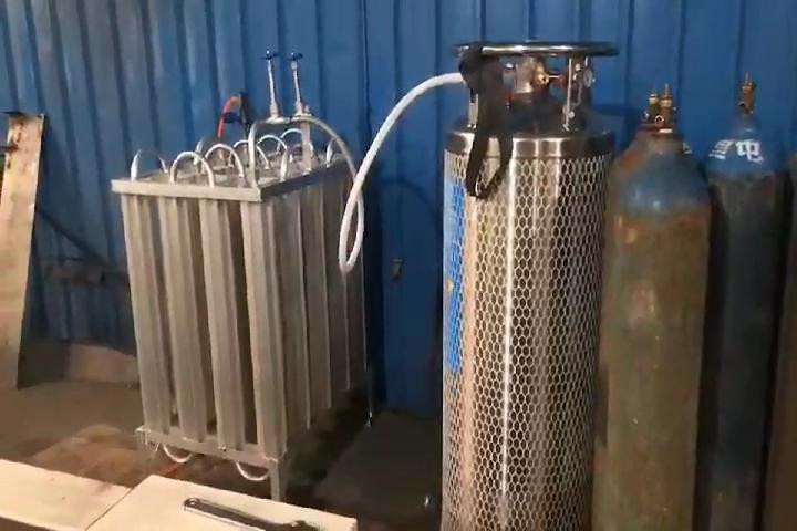 उच्च दबाव आर्गन हाइड्रोजन नाइट्रोजन डिस्पोजेबल हीलियम स्टील गैस सिलेंडर