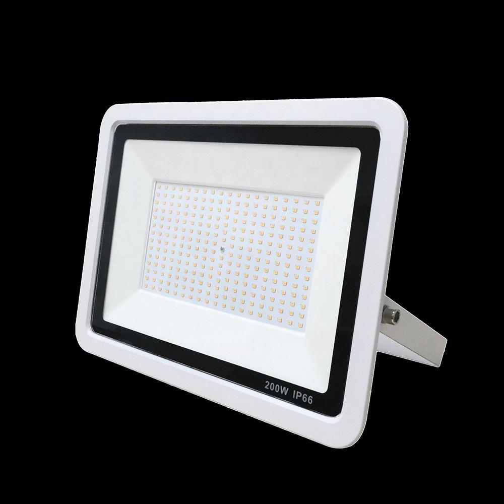Popular Price Die Casting Aluminum Waterproof IP66 Tennis Court LED Floodlight 200W