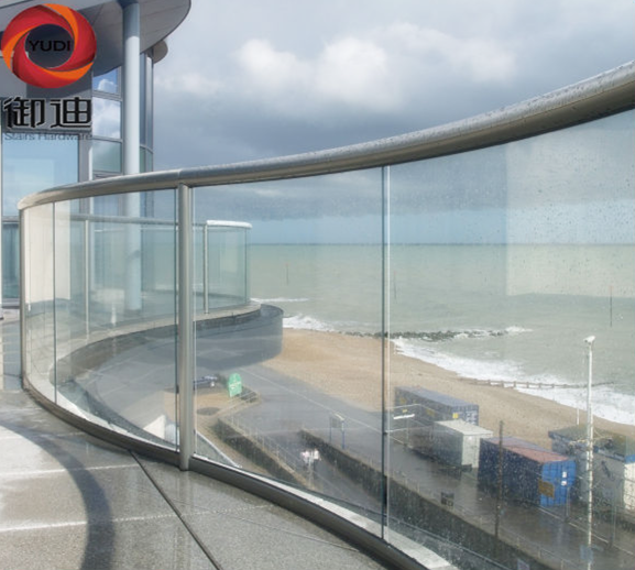Harga per meter melengkung stainless steel pegangan kaca rel pagar pagar balkon sistem