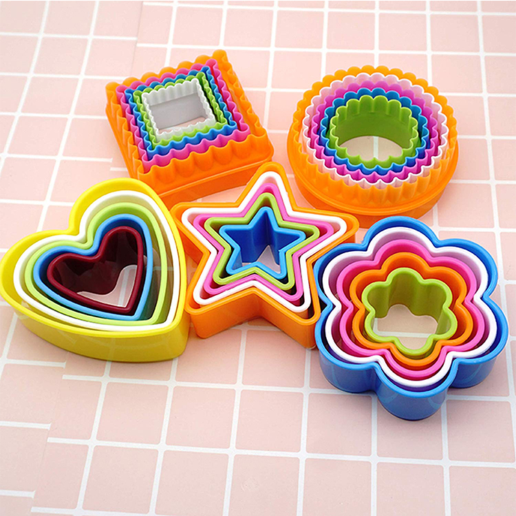 Custom mini multi plastic Round star heart vegetable cookie cutters for kids
