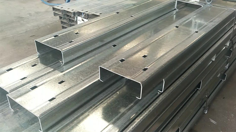 Galvanized c purlin for steel structure roof c steel beams price per ton