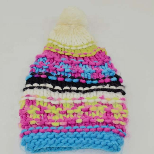 China Manufacturer custom pom pom unique beanie womens winter hats wholesale