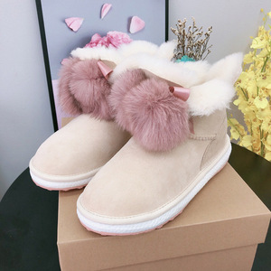 Sheepskin Boots For Women, 2019 New Design Warm and Soft Rubber Sole Winter Ladies Snow Bootie