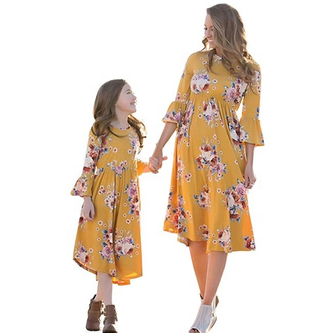 Girls Dress Mother Daughter Matching Dress Flower Print Bell Sleeve Family Match Dress Mommy and Me One Piece Plus Size