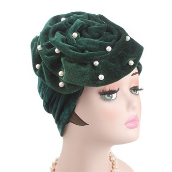 Wholesale Velvet Pearl Colors Head Wrap Turban For Women African Women Big Flower Pearl Head Scarf Fashion Bandana Hijab Scarf