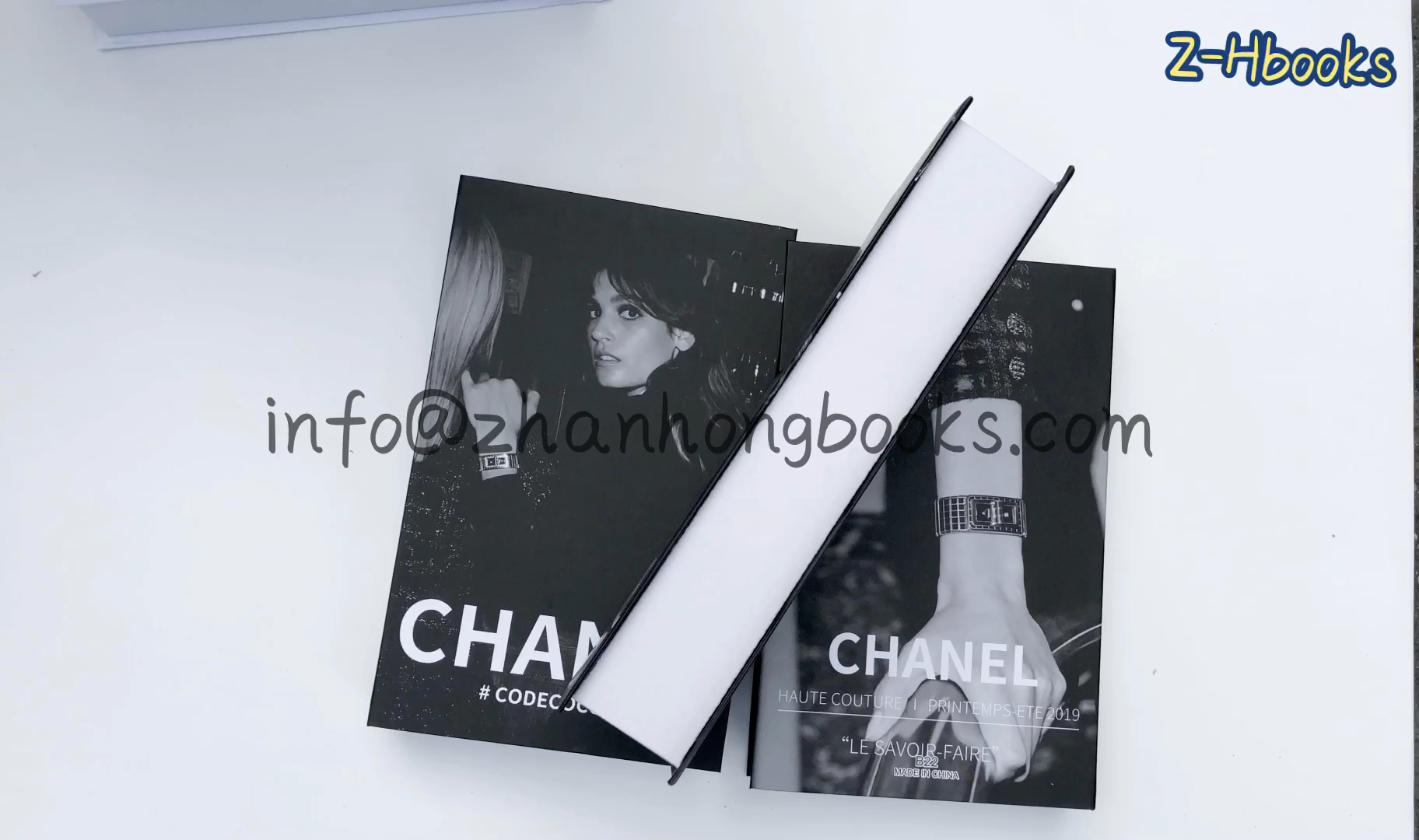 חם למכור מזויף ספר עבור מותגים סגנון ורבים סגנון בשבילך לבחור