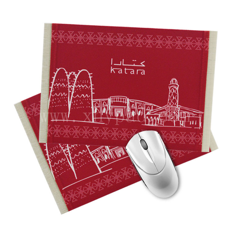 Customized personalized carpet mouse pad rubber undercoat hand guard gift wholesale anti-slip mouse pad red