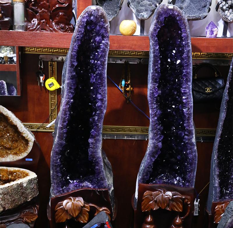 Natural amethyst Geode crystals healing stones large quartz cluster For Sale