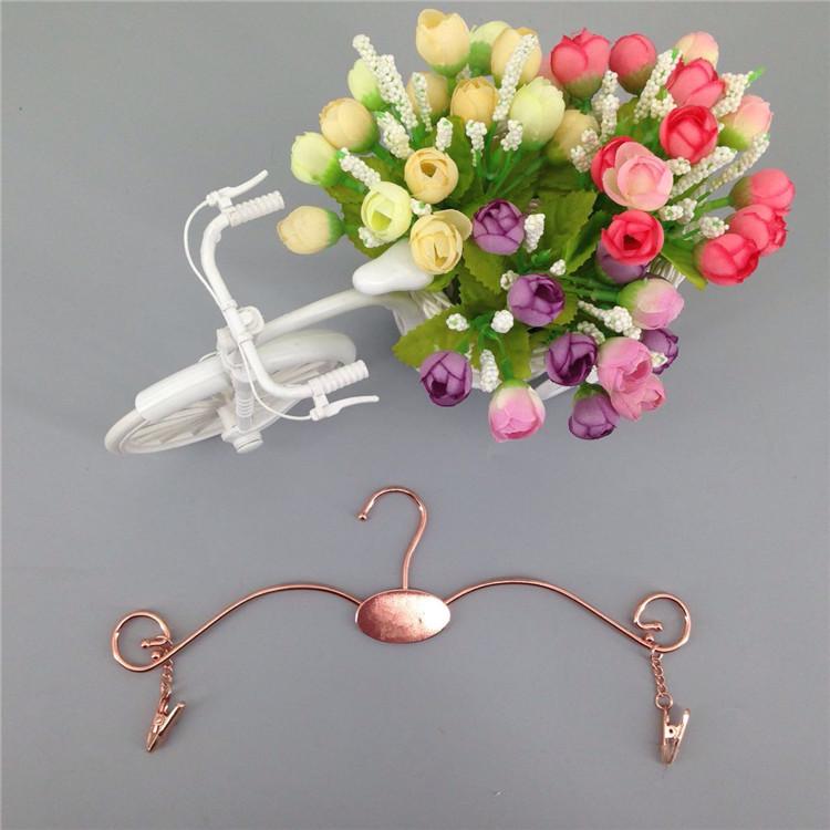Kustom Rose Emas Tahan Lama Berkualitas Tinggi Gantungan dan Lingerie Pakaian Gantungan dengan Klip