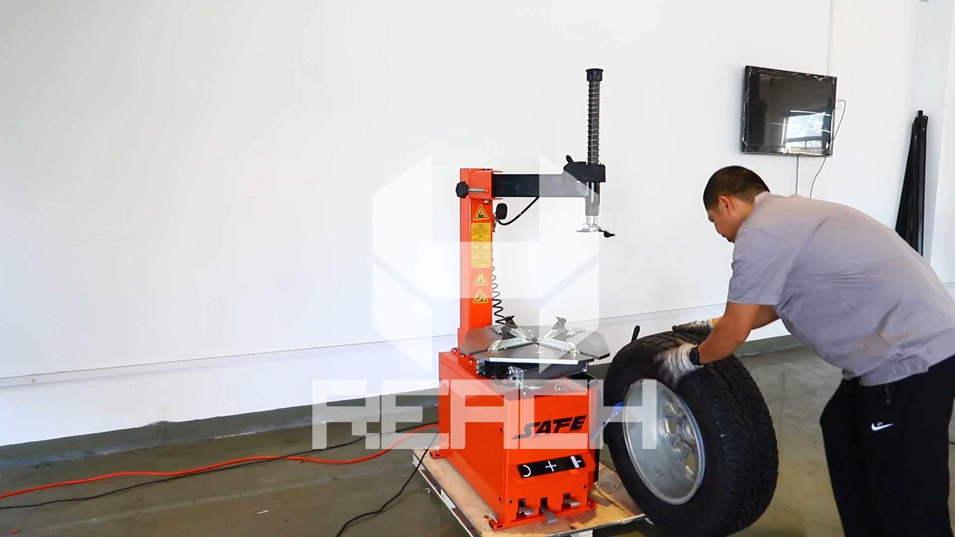 Full Automatic Car Tire Changer Machine For Tire Repair