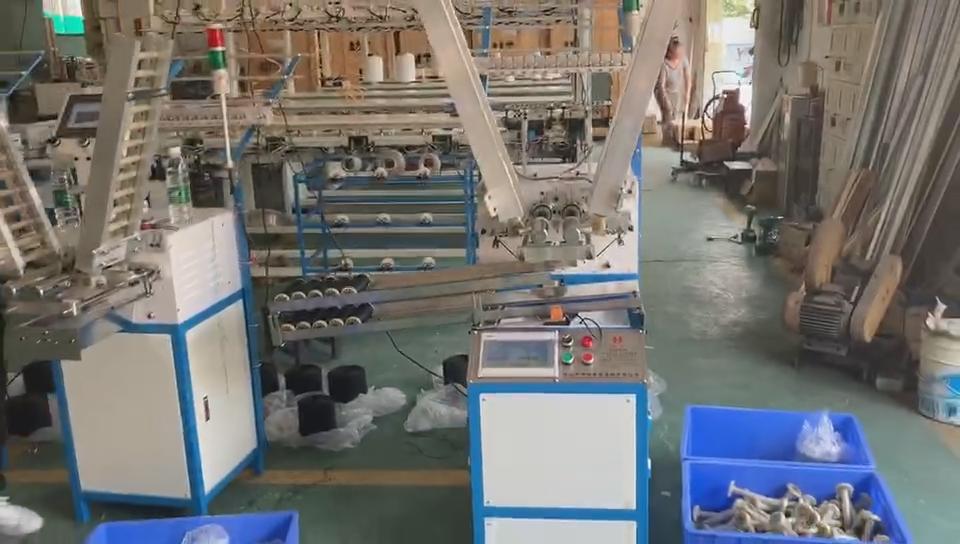Dua Lapisan Outlet Kumparan Berliku Mesin untuk Angin Benang Spul untuk Mengepang