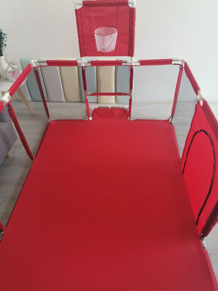 Hot sale Rectangle Shape Folding Fence Baby Playpens With Support Samples