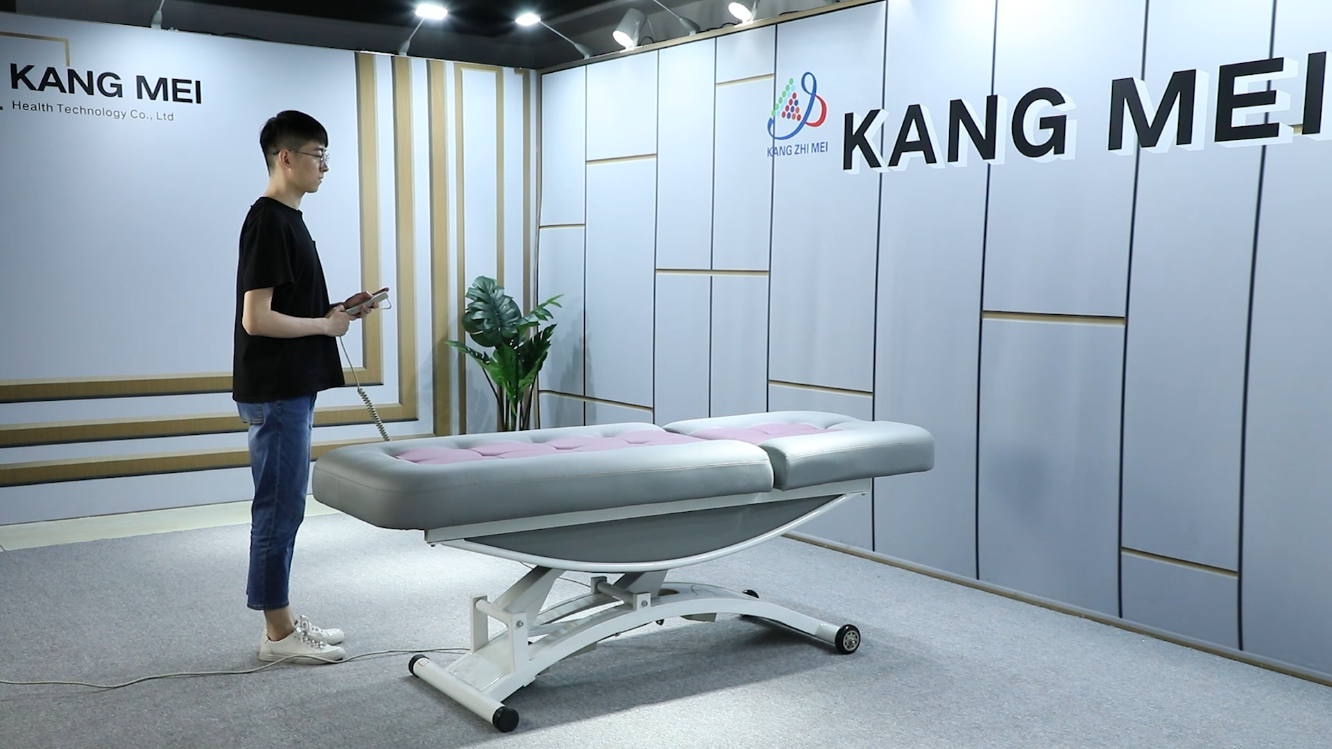 Kangmei सबसे अच्छी कीमत 2 इलेक्ट्रिक सीई मोटर्स स्पा सैलून कॉस्मेटिक सौंदर्य मालिश की मेज उपचार चेहरे बिस्तर