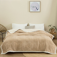 Uron soft Customized Solid Color Queen And Thick Fluffy Double Layer Throw Flannel Sherpa Blanket