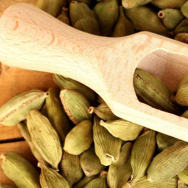 Green Cardamom Premium Whole Large Green Cardamom Quality