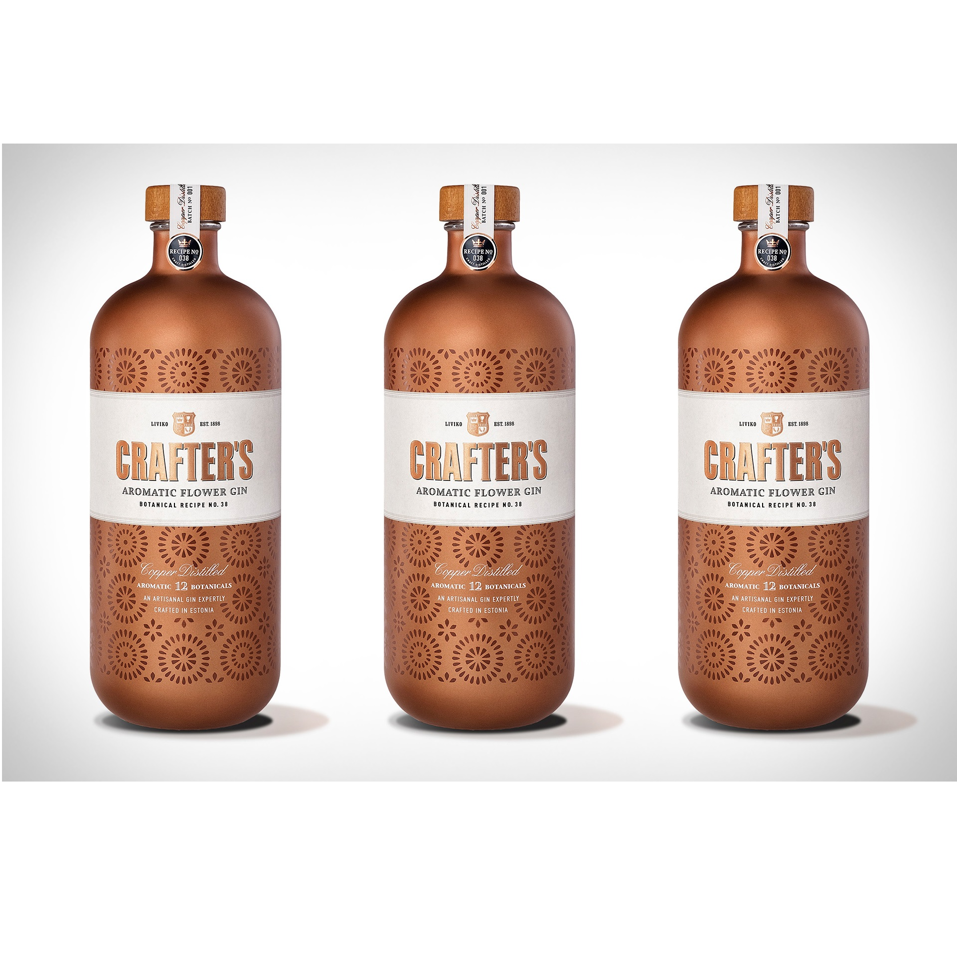 Sweet Round Character Estonia London Gin Blended Glass Bottle with over 40% Alcohol and Juniper Berry