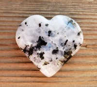 Gemstone Rainbow Moonstone Puffy Heart Stone Crystal Energy Love Healing Decorative Carved Pub Heart Gift Stone