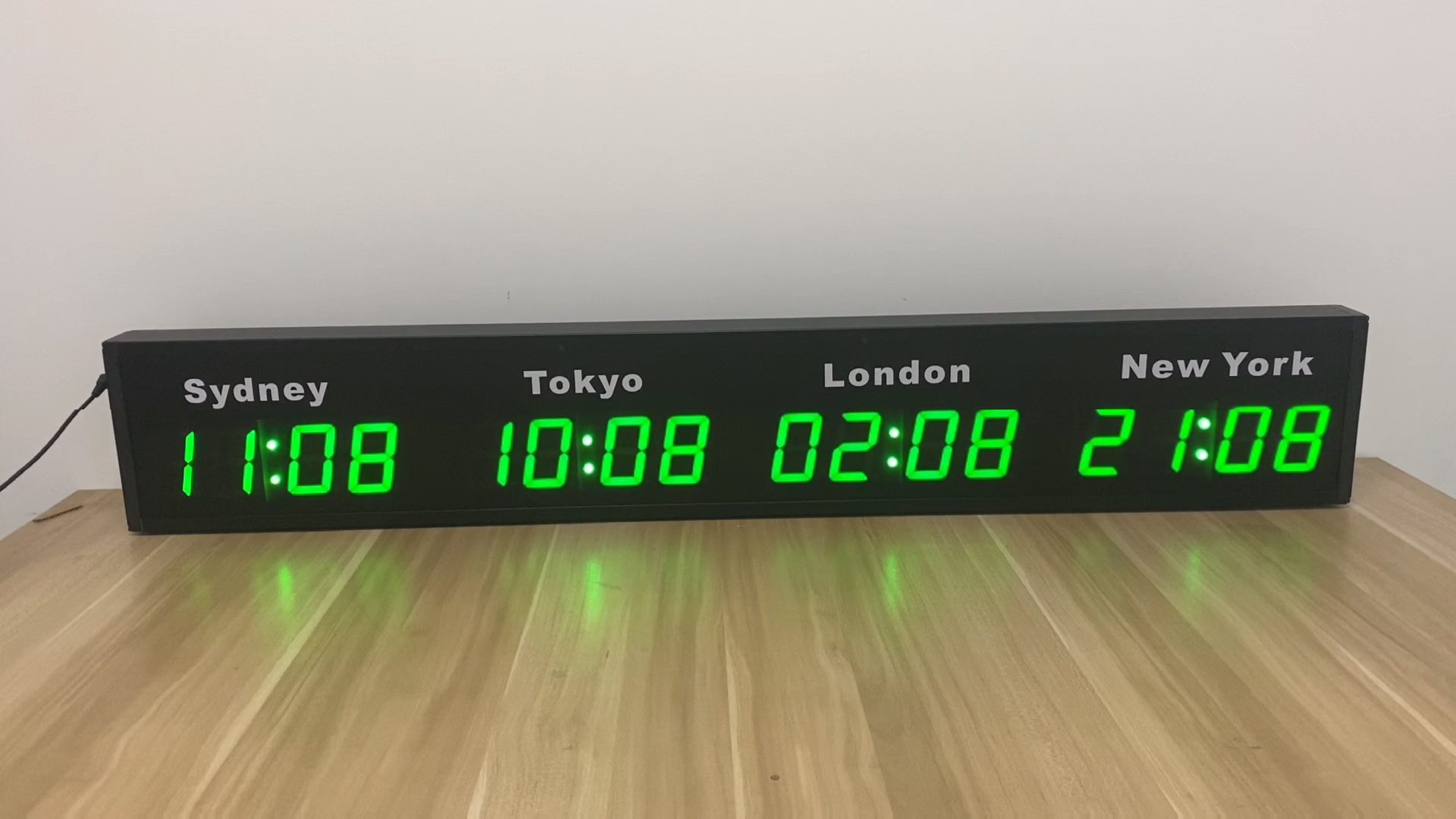 USB Cable Wall Hanging City Time Zones Display LED Digital World Clock