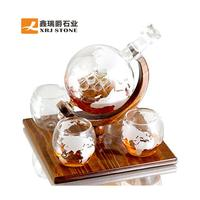 Amazon Hot Selling World Etched Globe Decanter Antique Ship Glasses Bar Pour Funnel Stopper Whiskey Decanter Set