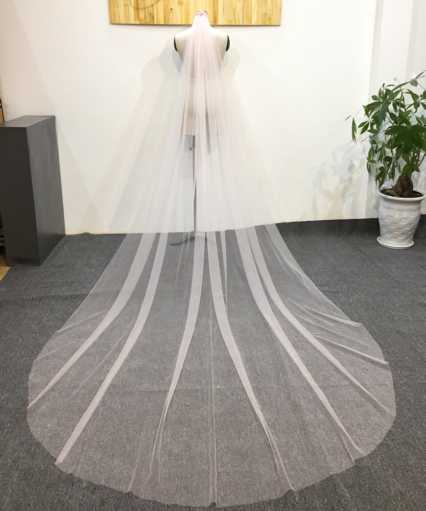 New Design Within Large Stock Long Chapel Lace Wedding Bride Veil
