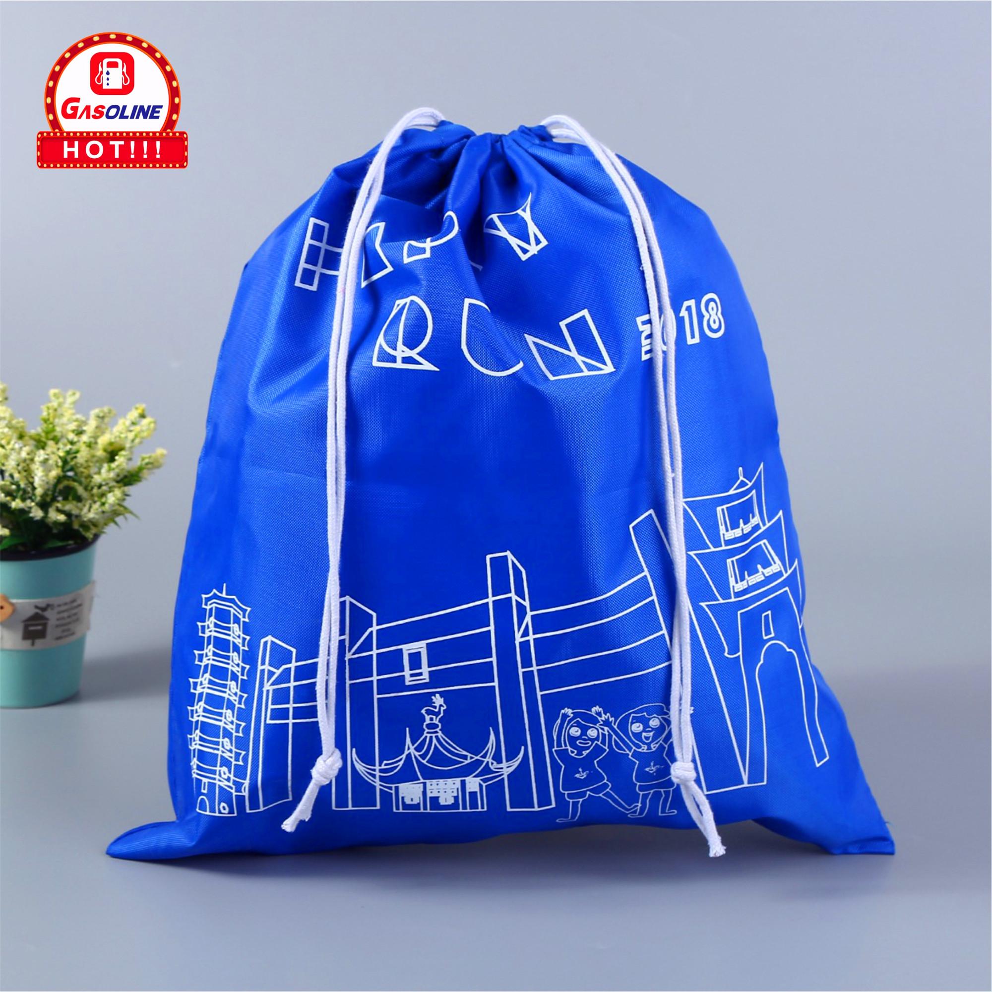 OEM पर्यावरण के अनुकूल छोटे मुद्रित रीसायकल पॉलिएस्टर क्रिसमस Drawstring उपहार बैग